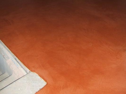 Pavimento in pastellone pigmentato rosso dell'azienda Di.Co Bioedilizia