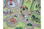 Tappeto Stadsdel di Ikea con una rappresentazione di città.