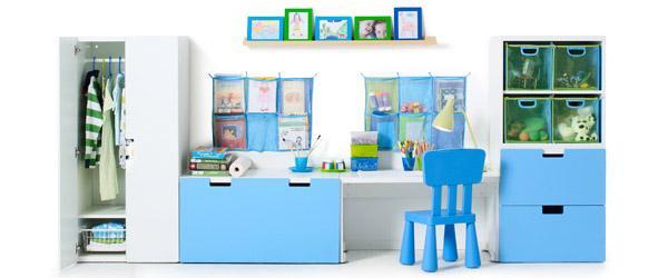 Serie Stuva di Ikea con armadi e scrivanie