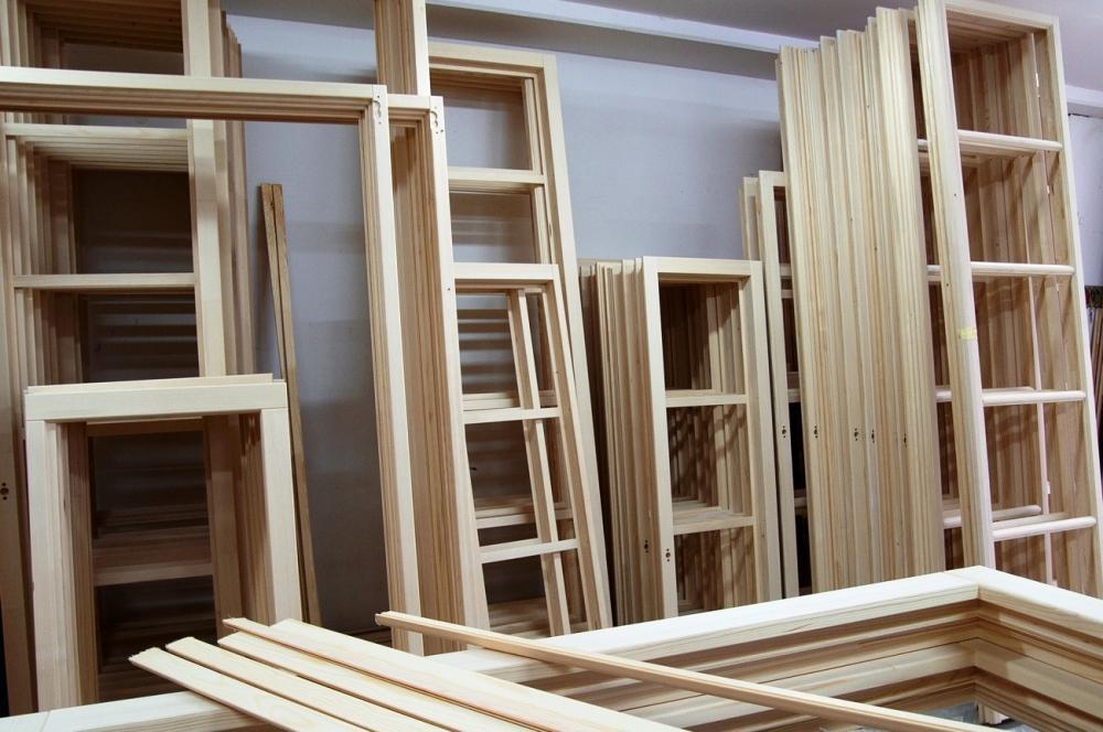 Telai per infissi in legno, produzione Tosini Serramenti