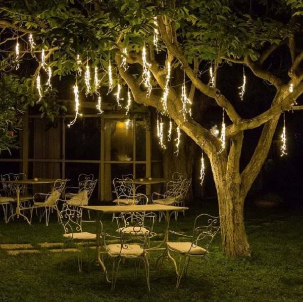 Catene di luce per decorare alberi a Natale: Luminal Park