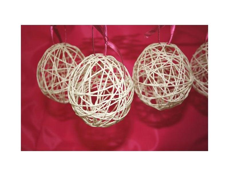 Come fare le palline di Natale, by lovediy.it