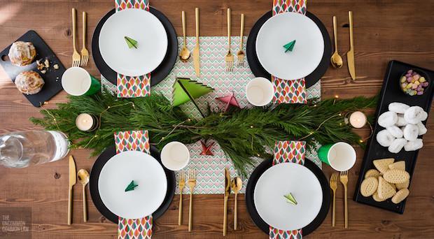 Lucine di Natale per arredare la tavola, da theuncommonlaw.ca
