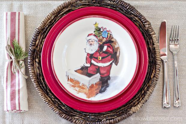 Piatti con decori natalizi da yellowblissroad.com