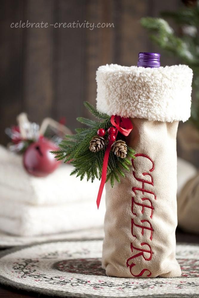 Copribottiglia natalizio, da celebrate-creativity.com