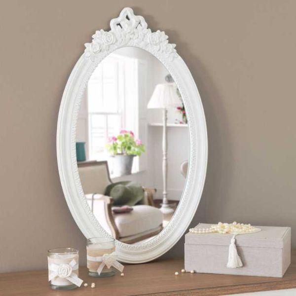 Idea regalo Natale 2017: specchio Romane shabby chic di Maisons du Monde