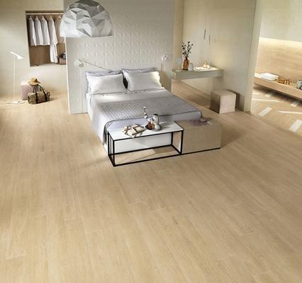 Pavimenti in legno o gres porcellanato in finto legno for Gres porcellanato finto legno