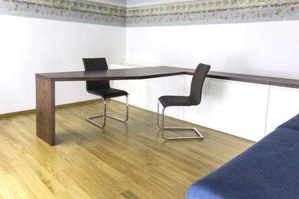 Falegnameria Passariello: scrivania office sagomata