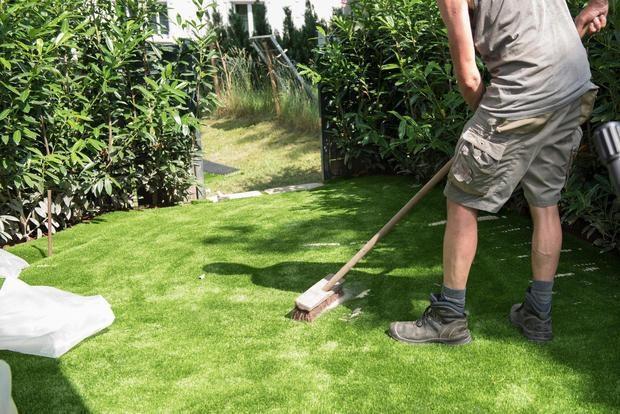 Libretto di famiglia 2018 per pagare il lavoro occasionale manutenzione e giardinaggio