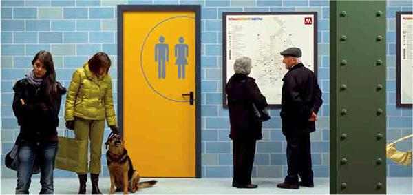 Porta REI di Ninz decorata con pittogrammi segnaletici