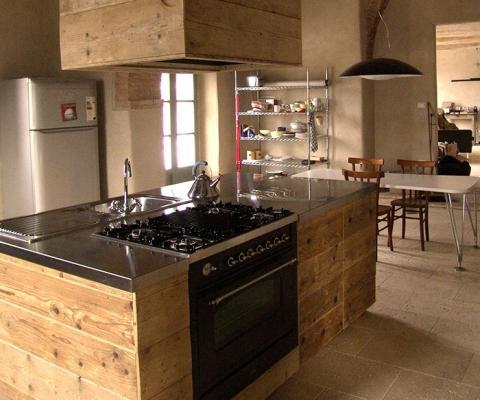 Cucina in legno naturale Sestini e Corti