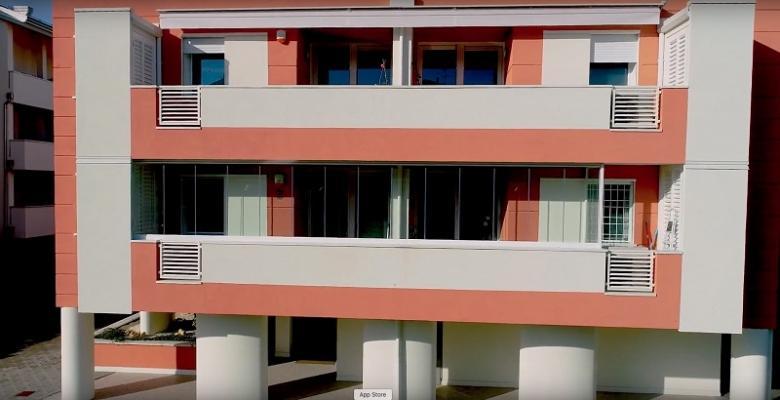 Schermature con le vetrate scorrevoli