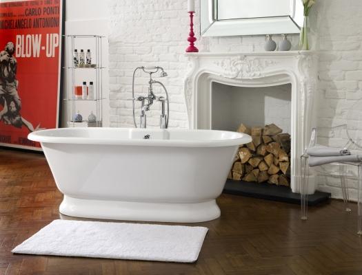 La vasca chic è freestanding, da Victoria + Albert