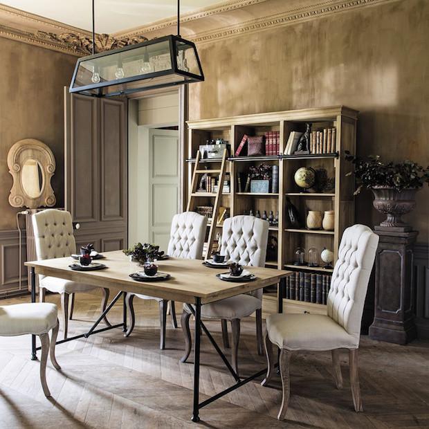 Come abbinare insieme mobili antichi e mobili moderni for Tavolo con sedie moderno