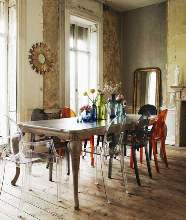 Come abbinare insieme mobili antichi e mobili moderni - Tavolo e sedie moderne ...