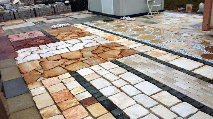 Come costruire una pavimentazione esterna in pietra - Pavimento da esterno carrabile ...