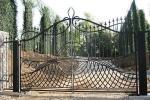 Cancello decorato in ferro battuto, di Tessaro