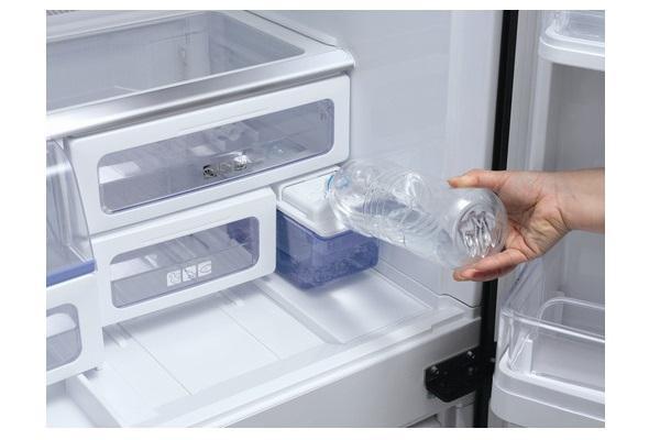 Ripiani del frigorifero a 4 porte Sharp