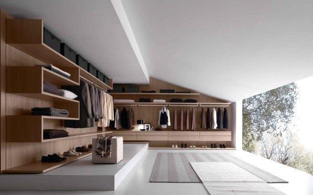 Cabina armadio Varius di Presotto: geometrie a parete