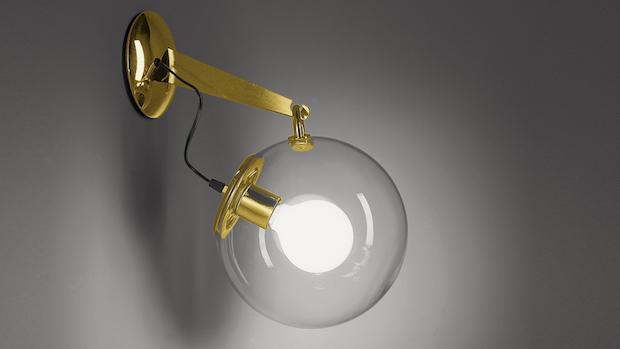 Lampada da parete minimal dorata, da Artemide