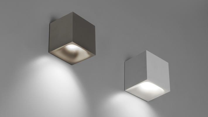 Lampade da parete: illuminare con stile