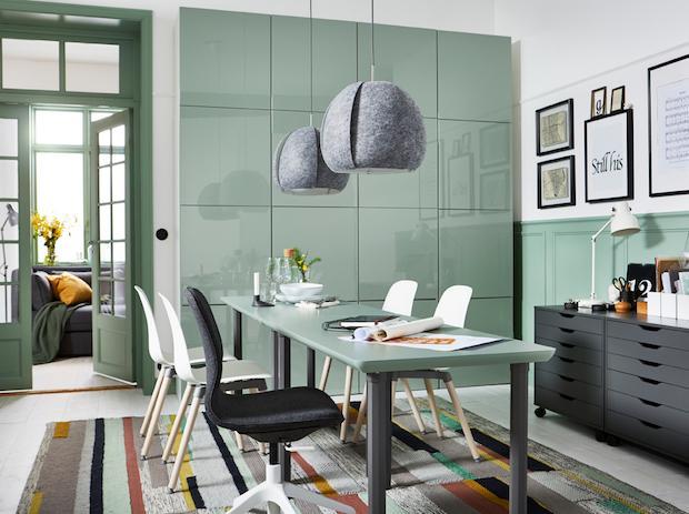 Tavolo verde per l'ufficio, da Ikea