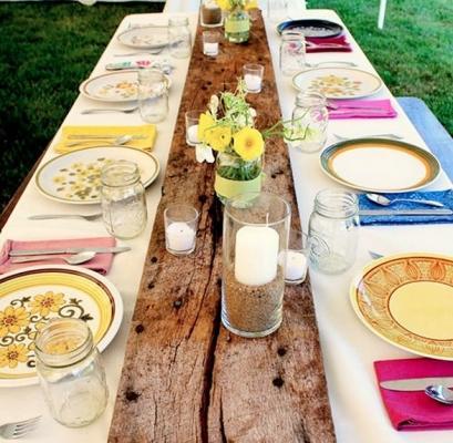 Apparecchiare la tavola con piatti bicchieri e posate spaiate - Apparecchiare la tavola bicchieri ...