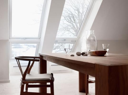 Finestre balcone cabrio per tetti for Finestre velux misure standard