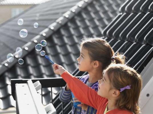 Lucernari per tetti, by Velux