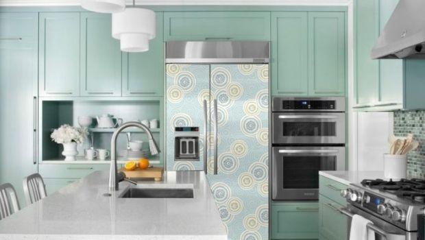 Decorare e rendere unica la cucina con frigoriferi personalizzati