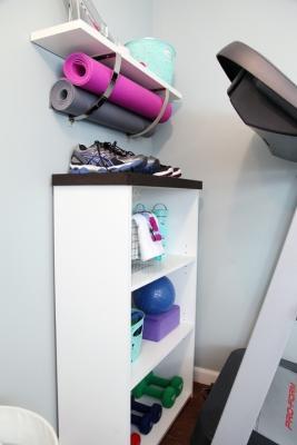 Un angolo fitness perfettamente organizzato, da iheartorganizing.com