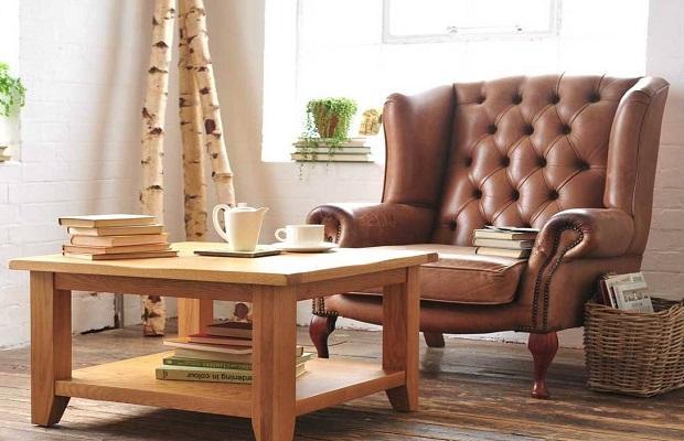 Bastano una poltrona e un coffee table per ricreare un confortevole angolo del tè
