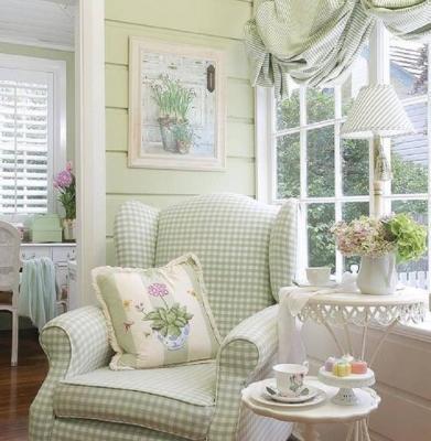 Qualunque angolo della casa può diventare un confortevole tea corner