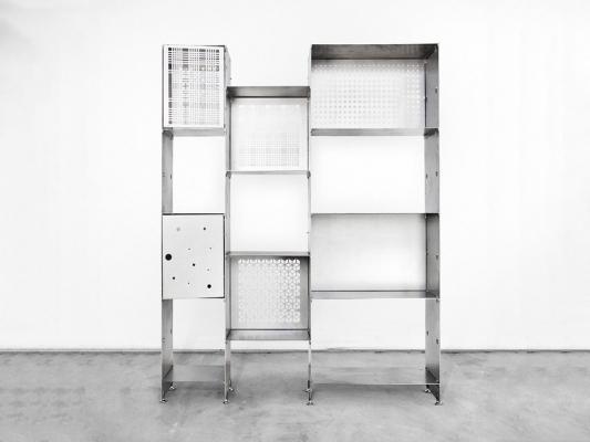 Libreria componibile in lamiera d'acciaio, da Officine Tamborrino