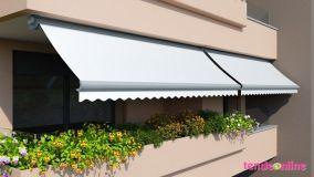 Schermare finestre, balconi e terrazzi con le tende da sole