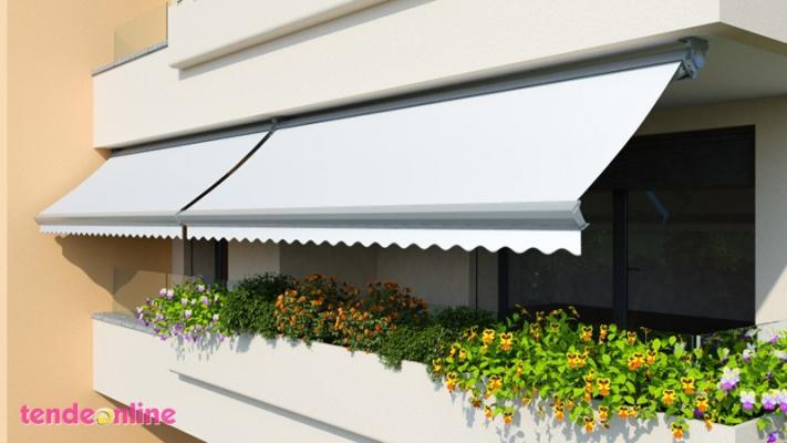 Schermare finestre balconi e terrazzi con le tende da sole