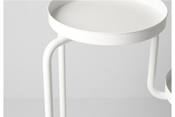 Dettaglio del mobiletto porta piante Ikea Ps 2014