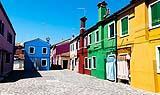 I colori delle facciate tradizionali dell'Isola di Burano
