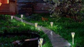 Lampade fotovoltaiche da giardino per un'illuminazione green