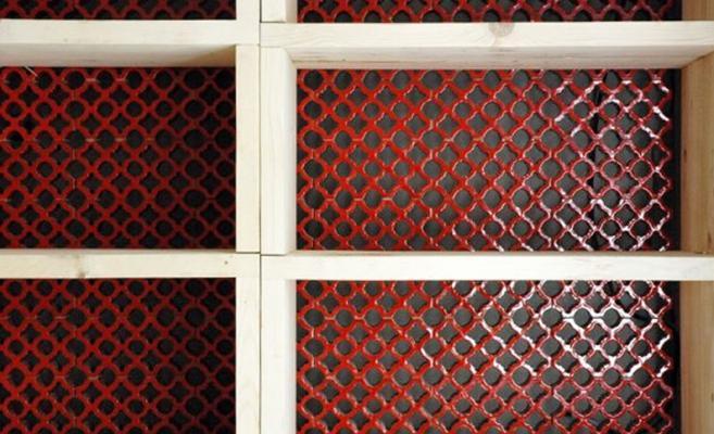 Frangisole grigliati in ceramica rossa di Ceipo