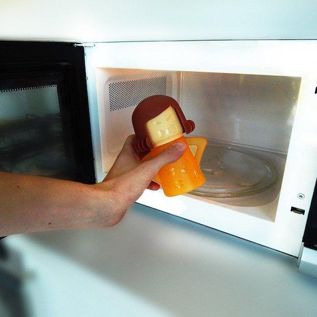 Come usare Angry Mama per pulire il forno