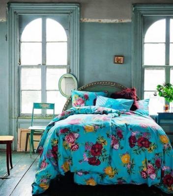 Sembrerà di dormire su un prato fiorito con le lenzuola con composizioni floreali