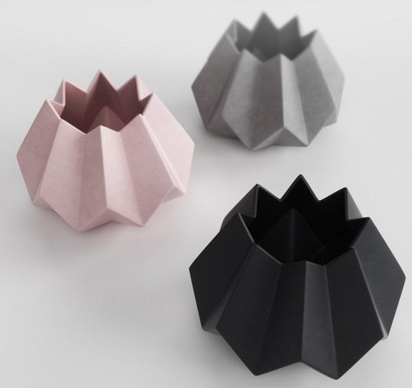 Leggero ed elegante il vaso Folded di Menu