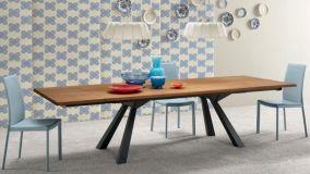 Tavoli allungabili in legno per un living davvero funzionale