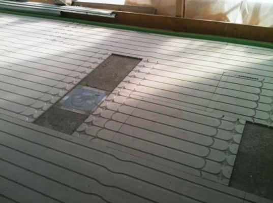 Sistema radiante a pavimento ISODOMUS