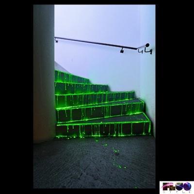 Scala con vernice fotoluminescento di FluoStyle