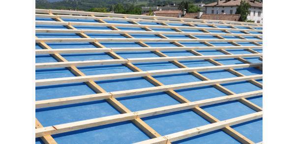 Barriera al vapore in un tetto ventilato, by Riwega