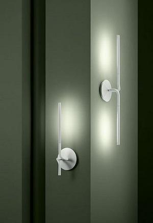 Lightspring di Flos a parete per illuminare bagno