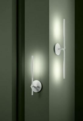 Lightspring e Lightspring Double di Flos, per l'illuminazione del bagno