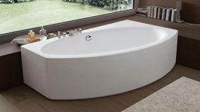 Vasca angolare come soluzione elegante per il bagno